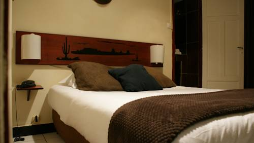 Celenya Hôtel : Hotel near Toulon