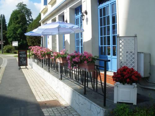 La Croix Blanche : Hotel near Herbeuval