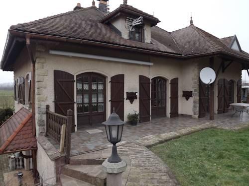 La Pleignetude : Bed and Breakfast near Mollans