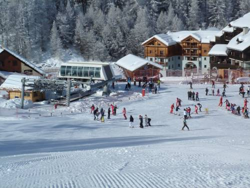 Adonis Molines by Olydea : Guest accommodation near Arvieux