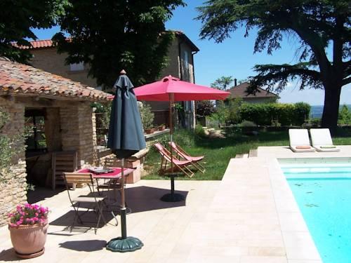 B&B Clos de Pomeir : Guest accommodation near Fareins