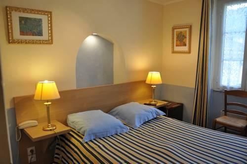 Logis Le Relais Imperial : Hotel near Saint-Vallier-de-Thiey