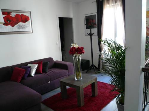 Loft Fraternité : Apartment near Romainville