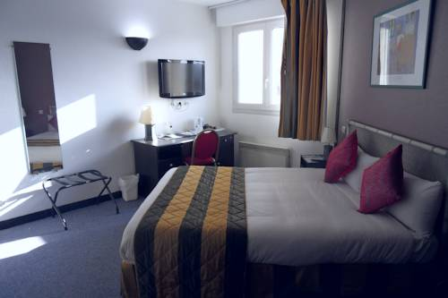Comfort Hotel Apollonia St Fargeau/ Fontainebleau Nord : Hotel near Seine-Port