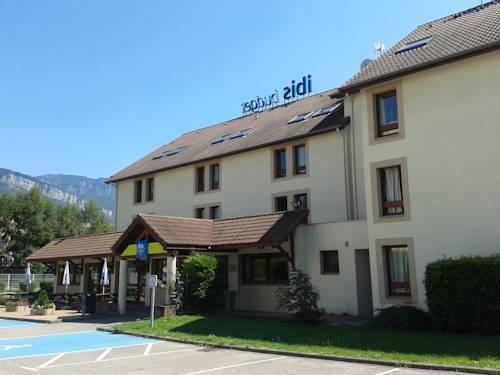 ibis budget Grenoble Voreppe : Hotel near Mont-Saint-Martin