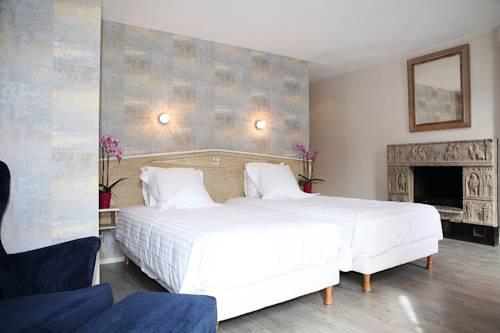 Hôtel Le Roncevaux : Hotel near Gelos