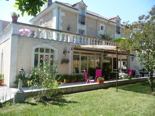 Le Relais Saint-Charles - Perigueux : Bed and Breakfast near Chancelade