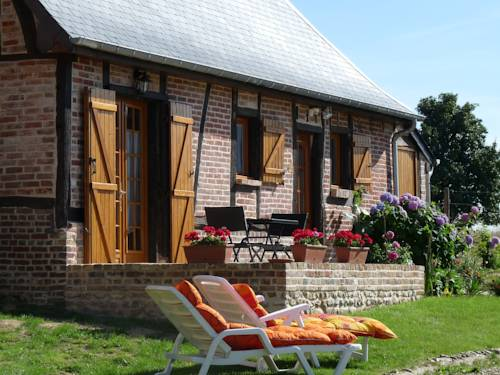 L'Etape Normande : Bed and Breakfast near Vrocourt