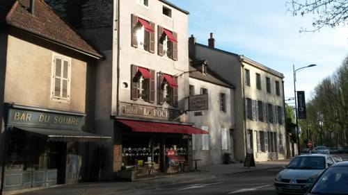 Hôtel Le Foch : Hotel near Meloisey