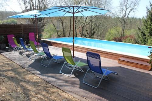 Chambres et Tables d'Hôtes Le Pecheychus : Bed and Breakfast near Alles-sur-Dordogne
