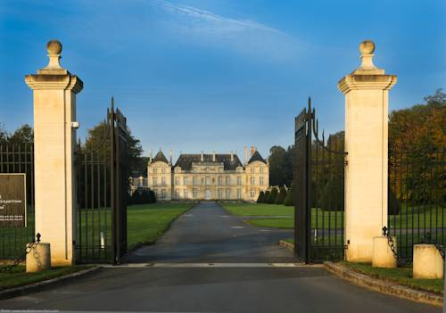 Château de Raray : Hotel near Saint-Sauveur