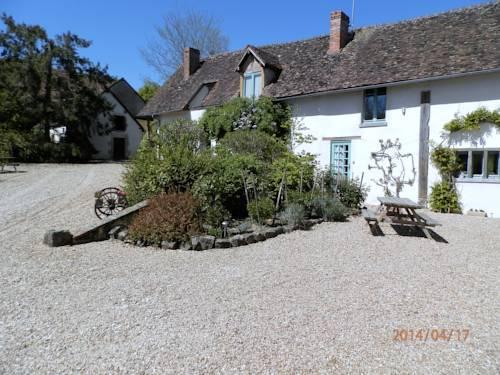 Domaine de Varenne : Bed and Breakfast near Faverelles