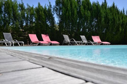 Domaine de Quittignan Brillette : Guest accommodation near Avensan