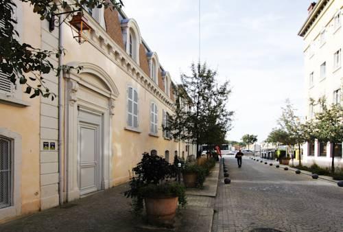 Chambres d'Hôtes du Lion d'Or : Guest accommodation near Massieux