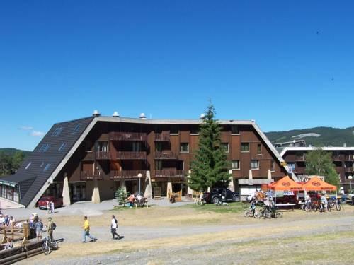 Hôtel Saint Jean : Hotel near Saint-Vincent-les-Forts