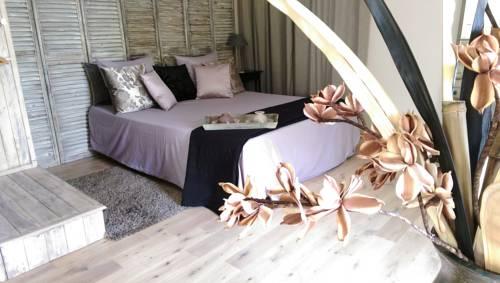 Home Suite Avenue : Apartment near Saint-Jean-d'Illac