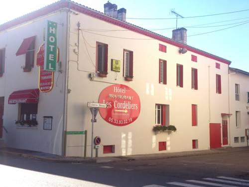 Logis Hotel Les Cordeliers : Hotel near Pompogne