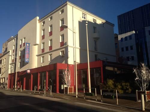 Inter-Hotel Oyonnax Central Parc : Hotel near Arbent