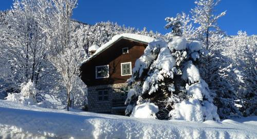 Le Chalet des Alpes du Sud : Guest accommodation near Saint-Dalmas-le-Selvage