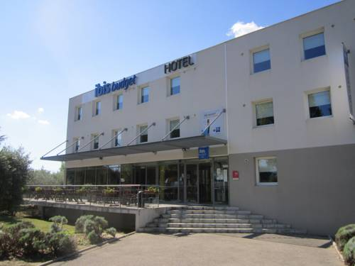 ibis budget Pertuis : Hotel near Meyrargues
