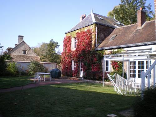 Au Clos du Coteau : Guest accommodation near Neuillé-le-Lierre