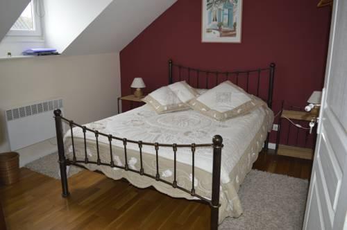 La Petite Charrue : Bed and Breakfast near Allaire