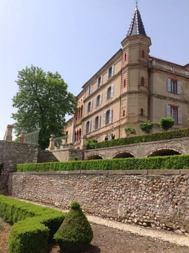 Château du Grand Jardin : Bed and Breakfast near Valensole