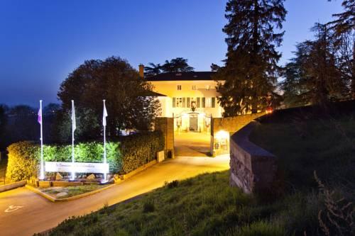 Le Domaine de la Colombière : Hotel near Beaurepaire
