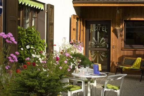 Auberge Du Morge : Hotel near Voissant