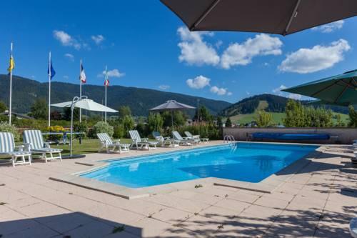 Logis Le Vernay : Hotel near Autrans