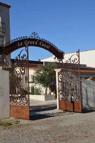 Hotel port saint louis du rhone hotels near port saint louis du rh ne 13230 france - College port saint louis du rhone ...