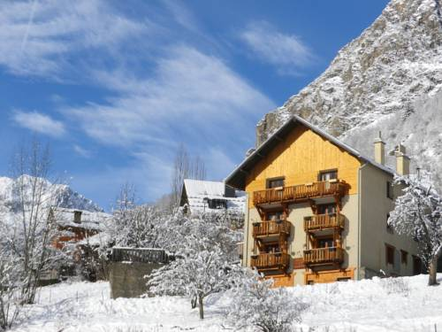 Chalet les Alpes : Apartment near Saint-Christophe-en-Oisans