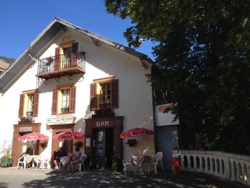 Gite Le Pelens : Bed and Breakfast near Saint-Martin-d'Entraunes