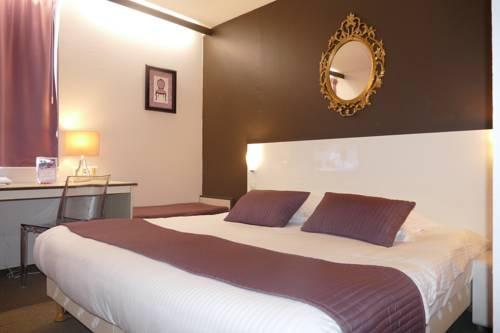 Hôtel du Grand Cerf : Hotel near Douai