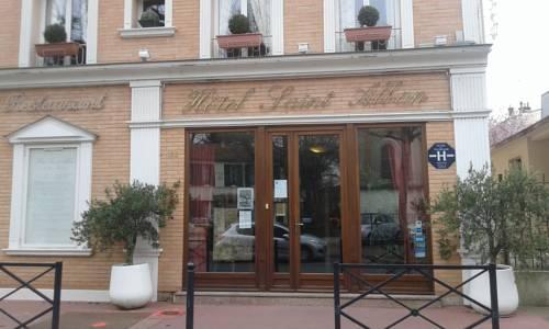Hôtel Saint Alban : Hotel near Ormesson-sur-Marne