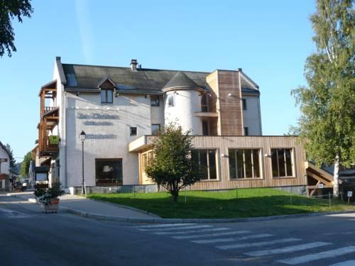 Logis Hôtel et Spa les Clarines : Hotel near Corrençon-en-Vercors