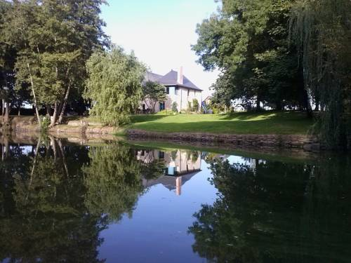 Le Rideau Miné : Bed and Breakfast near Andigné
