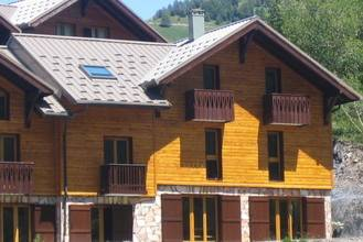 Le Bouquetin Ii : Guest accommodation near Saint-Paul-sur-Ubaye