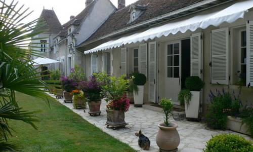 Chambres d'hôtes du Puits d'Athie : Bed and Breakfast near Saint-Loup-d'Ordon