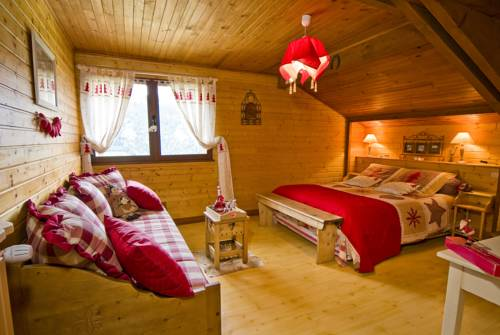Chalet la Colombière : Bed and Breakfast near Crolles