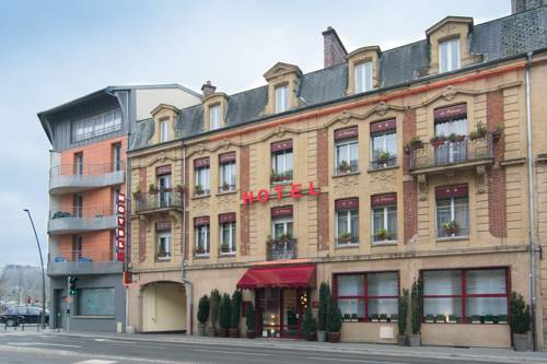 Hotel Le Pelican : Hotel near Warcq