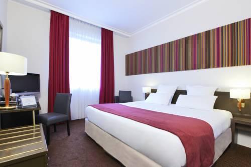 Hotel Paris Boulogne : Hotel near Marnes-la-Coquette