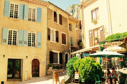 La Bonne Etoile - The Good Star : Apartment near Moustiers-Sainte-Marie