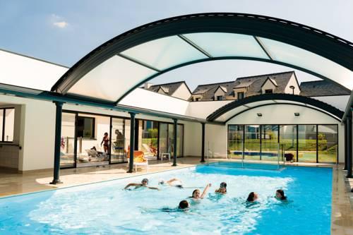 Lagrange Vacances Domaine de Val Queven : Guest accommodation near Quéven