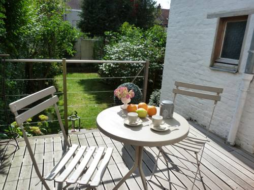 Holiday home M'amour : Guest accommodation near Emmerin