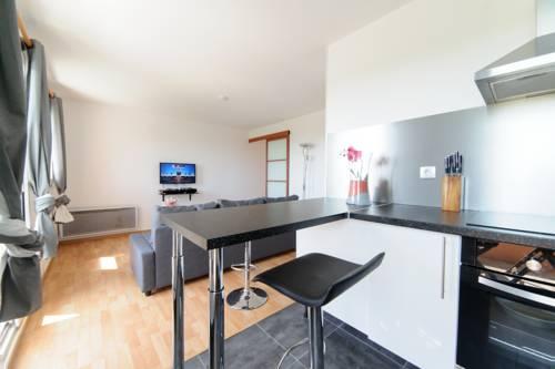 Le Marnois-Gare : Apartment near Noisy-le-Grand