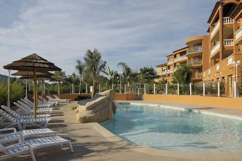 Appart Hotel Lou Castelet : Guest accommodation near Gattières
