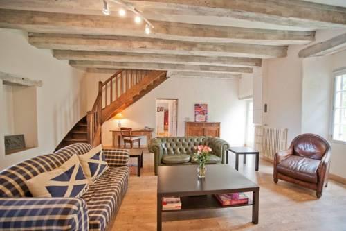 Domaine de l'Aubresset : Guest accommodation near Annesse-et-Beaulieu