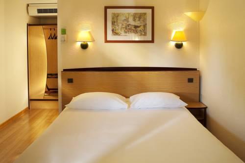 Campanile Manosque : Hotel near Manosque
