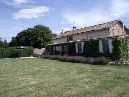 Le Jardin de Rose : Bed and Breakfast near Romagne